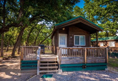Mais sobre Lake Tawakoni Camping Resort Cabin 4