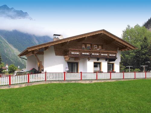 Ferienhaus mit Kaminofen und Skiraum - A 152.006