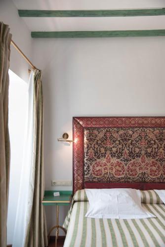 Habitación Doble Clásica con bañera de hidromasaje - 1 o 2 camas - Uso individual Las Casas de la Judería de Córdoba 4