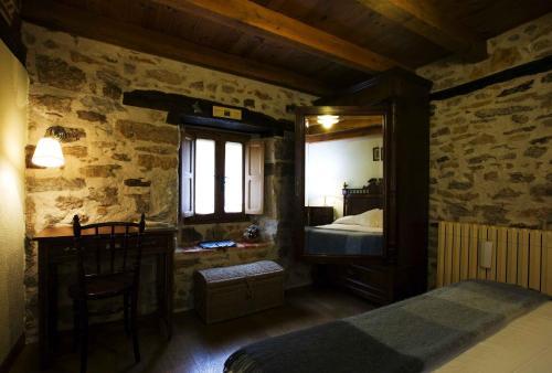 Habitación Doble - 1 o 2 camas Posada Real El Prado Mayor 6