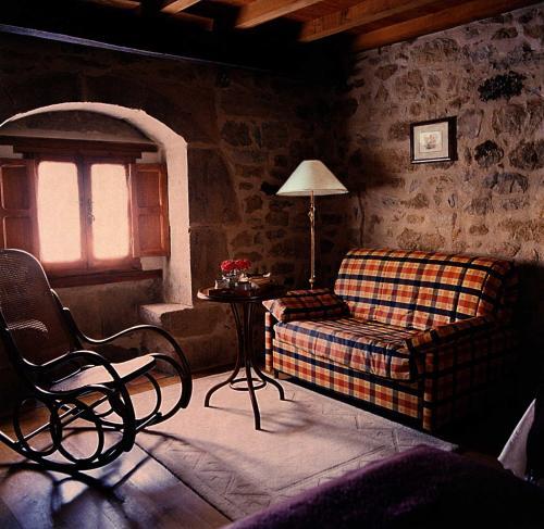 Habitación Doble - 1 o 2 camas Posada Real El Prado Mayor 1
