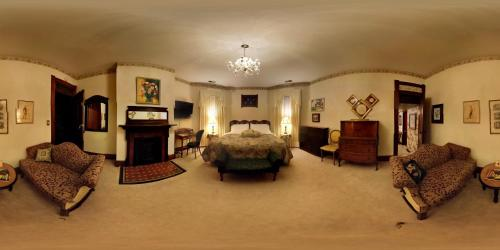 Herrold on Hill Bed and Breakfast