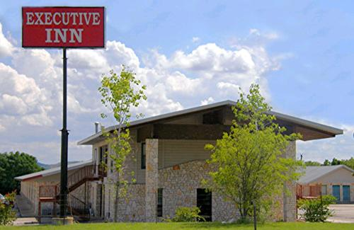 More About Comfort Executive Inn