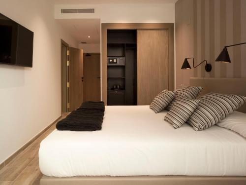 Budget Double or Twin Room - single occupancy Hotel Boutique Balandret 3