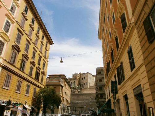Momo Vatican