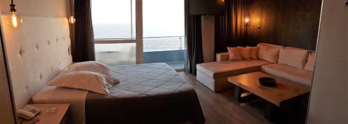 Scorpios Hotel