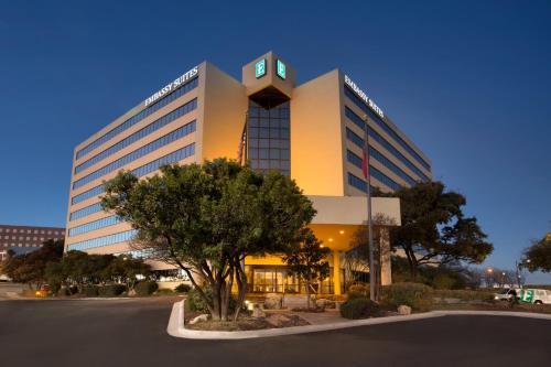 Emby Suites Hotel San Antonio International Airport