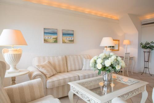 Suite Deluxe con Vista al Mar (Deluxe Suite with Sea View)