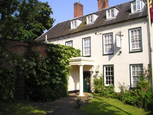 Chapel House,Atherstone