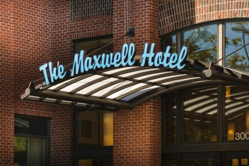 Staypineapple At The Maxwell Hotel