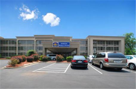 BEST WESTERN PLUS Sterling Hotel And Suites NC, 28217
