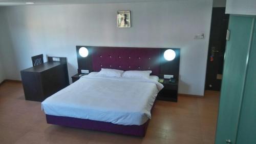 Balaji Grand Hotel
