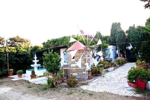 Апарт-отель Prasino Oniro, Тинос