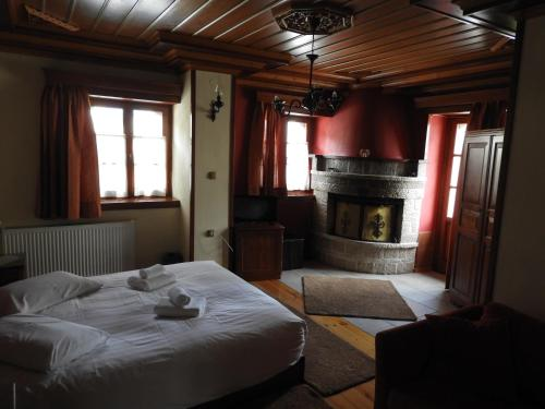 Deluxe Doppelzimmer mit Kamin (Deluxe Double Room with Fireplace)