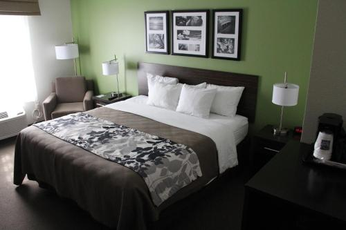 Sleep Inn & Suites Haysville