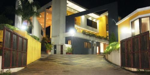 Rajveer Villa
