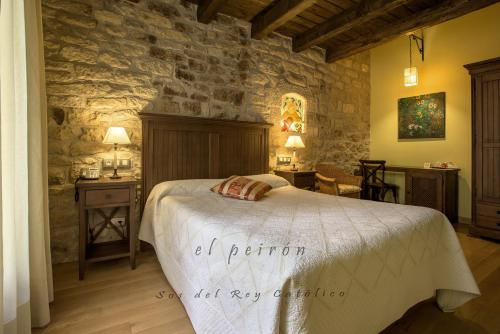 Double Room El Peiron 2