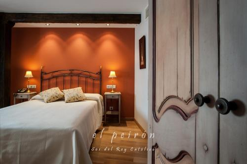 Superior Double or Twin Room El Peiron 5