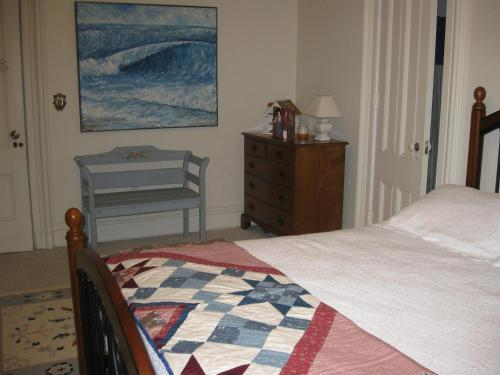 Chapin Park Bed & Breakfast