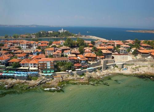 Отель Guest House Rusalka 2 звезды Болгария