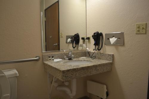Country Inn & Suites by Radisson, Abingdon, VA
