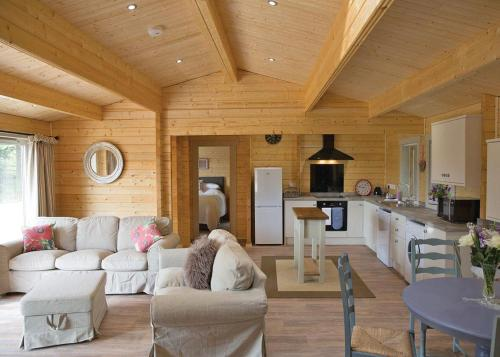 Peckmoor Farm Lodges