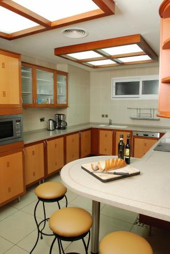 Grand Hyatt Residence photo 2