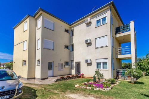 Apartment Pineta