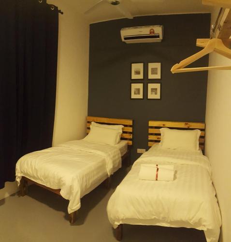 Hotels Near Pengkalan Balak Malacca