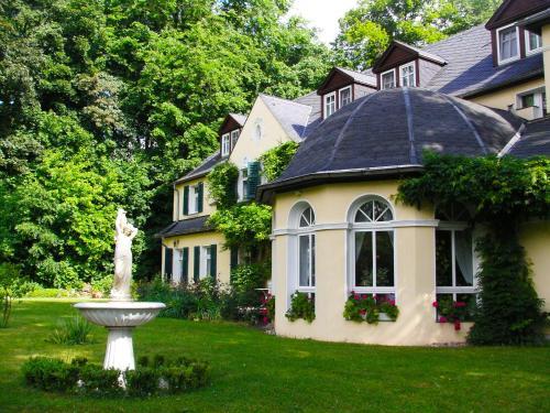 Hotel & Restaurant Bellevue Schmölln