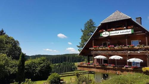 Hotel schwarzwaldgasthaus salenhof titisee neustadt for El jardin prohibido restaurante