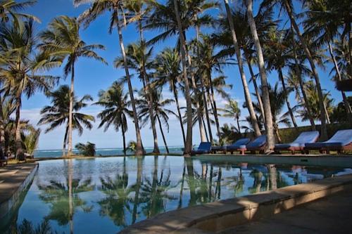 HotelWatano Beach House