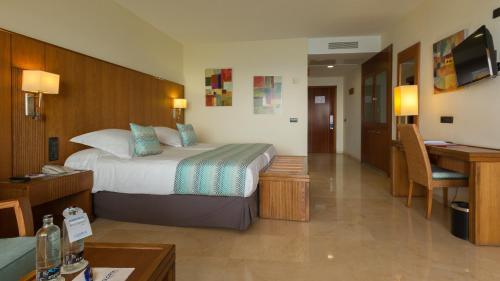 فندق وسبا غلوريا بالاس رويال