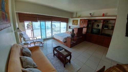 Hotel Apartment In Malecon thumb-2