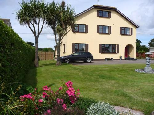 Photo of Cloverlawn B&B Hotel Bed and Breakfast Accommodation in Rosslare Wexford