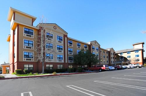 Extended Stay America - Los Angeles - Burbank Airport CA, 91504