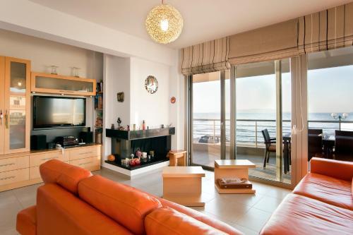 Zoe Beach Luxury Villa