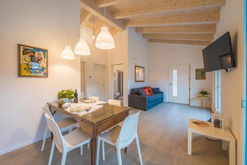 La Gazza Ladra Apartments - Garda Chill Out