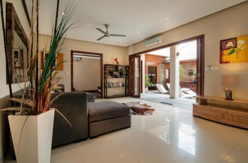 Villa Mewah, Seminyak, Bali   RentByOwner.com - Rentals and Resorts