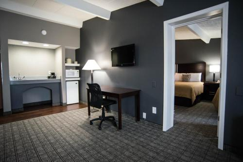 Eastland Suites Hotel & Conference Center Urbana