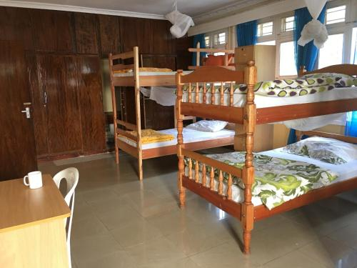 Llit en Dormitori de 6 Llits (Single Bed in 6-Bed Dormitory Room)