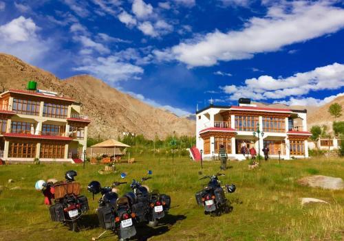 Fana Resort