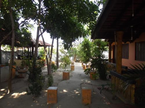 Resort River Corner