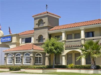 Travelodge Costa Mesa - Newport Beach Hacienda CA, 92627
