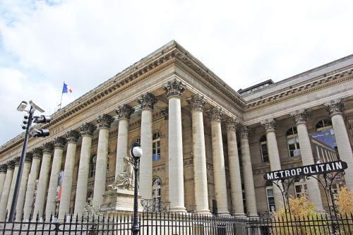 Louvre Apartments
