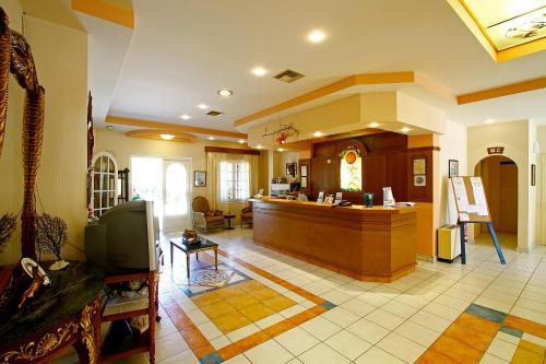 Photo of Bintzan Inn Hotel Hotel Bed and Breakfast Accommodation in Gastoúrion N/A