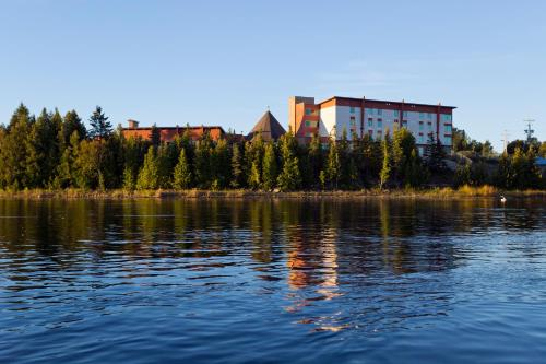 Manitoulin Hotel and Conference Centre
