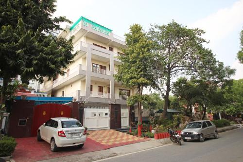 Oyo Rooms Greater Noida Pari Chowk