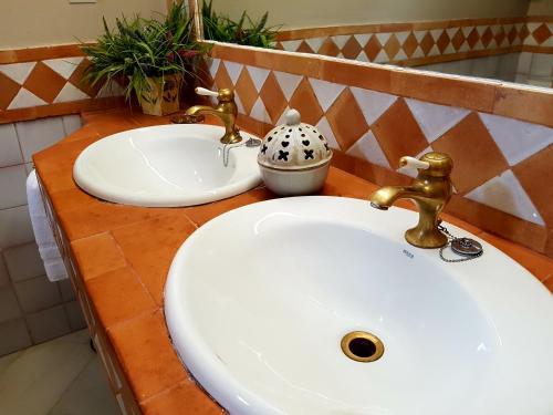 Family Suite (3 Adults) Casa Palacio Carmen del Cobertizo 3