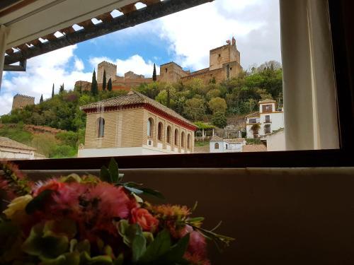 Suite Familiar (3 adultos) Palacio del Cobertizo de Santa Ines 8